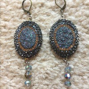 Jewelry - Geode dangled earrings